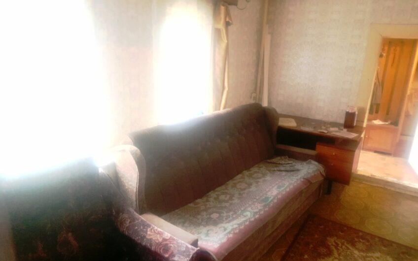 Дом 40 кв.м. с большим гаражом 57 кв. м и сараем, 10 соток, МИЗ.