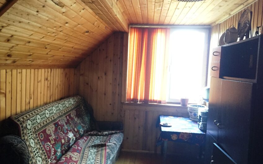 Дом 140 кв.м в уютной деревне, 15 соток, баня, гараж.