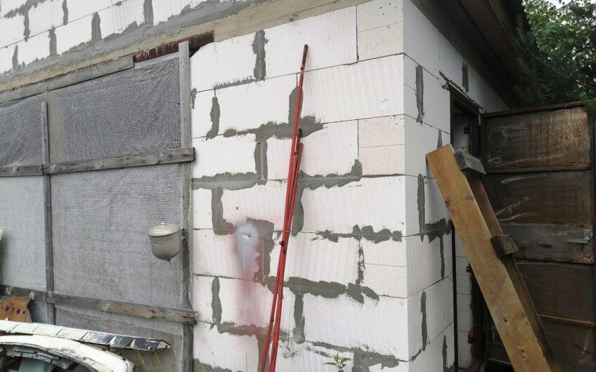 Дача 40 кв.м, 10 соток, колодец, фундамент 10х8, гараж, сад.