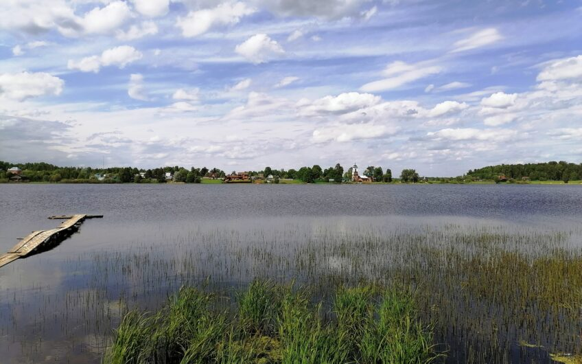 Новая дача 40 кв.м. на берегу озера,  13 соток.