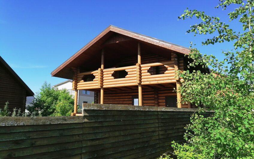 Дом из бревна 120 кв.м с баней 64 кв.м, г. Можайск.