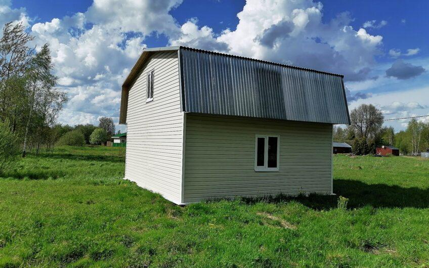 Дом 80 кв.м. в деревне, 15 соток, газ по границе, Можайский район.